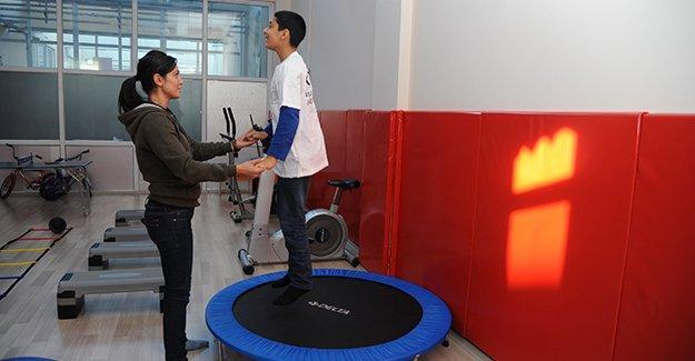 Diyarbakır'da engelli çocuklar sporla hayata adım atıyor