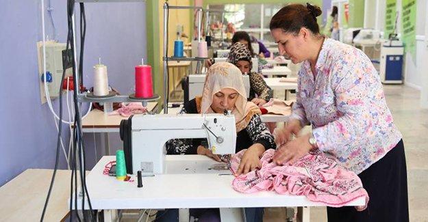 Diyarbakır'da kadınlar kurslara büyük ilgi gösteriyor