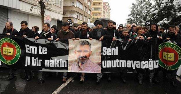 Tahir Elçi cinayetinden 33 gündür kimse gözaltına alınmadı