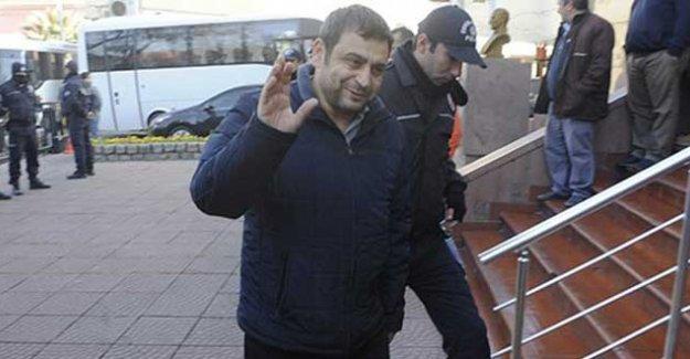 Eski rektör Sedat Laçiner, yurt dışı yasağı konularak serbest bırakıldı