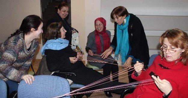 Eskişehir'de yüzyıllık Çerkes motifleri yeniden can buluyor