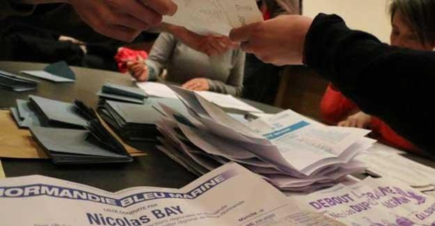 Fransa'da yerel seçimler: Aşırı sağcı Ulusal Cephe ilk turda birinci oldu