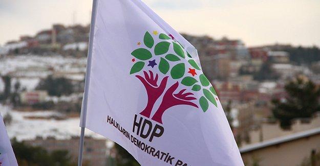 """HDP'den """"Noel ve Yaldo"""" kutlama mesajı"""