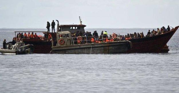 Ege'de bir bot daha battı: 6 mülteci öldü