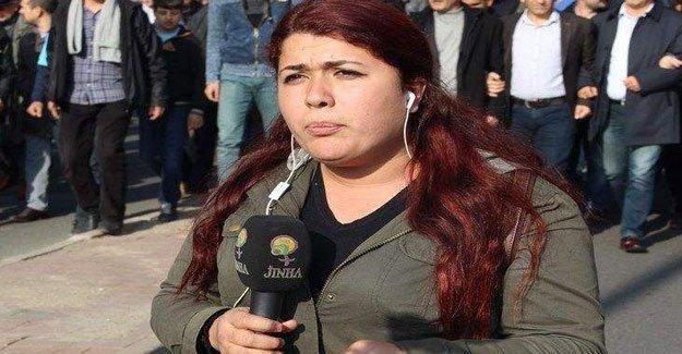 JİNHA muhabiri Canözer 'heyecanlı' olduğu için gözaltına alınmış