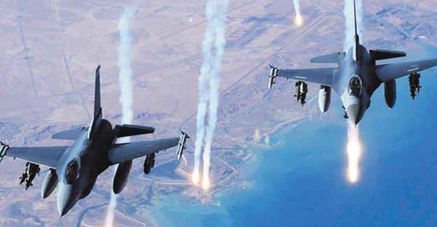 'Koalisyon güçlerinin Suriye'deki saldırılarında siviller öldü' iddası