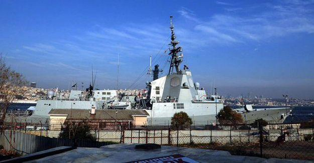 NATO'ya ait 3 savaş gemisi İstanbul'a geldi