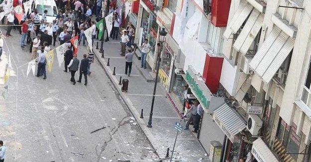Niğde HDP binasına silahlı saldırı