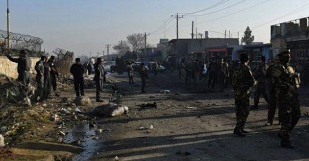 Pakistan'da kamu binasına saldırı: En az 18 ölü