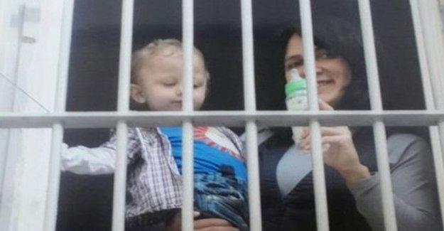 Poyraz Ali ve annesi Zeynep Bakır'ın tahliyesi için eylem düzenleniyor