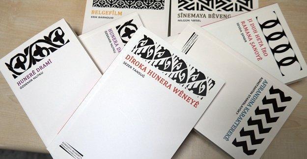 Sanat kitapları Kürtçe'de