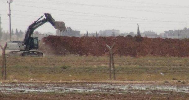 TSK, Rojava sınırını geçti