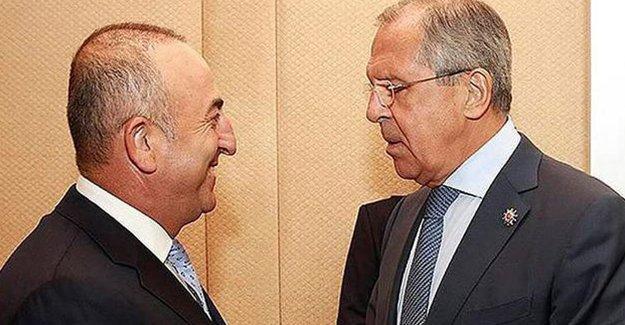 Uçak krizi sonrası ilk görüşme: Lavrov ve Çavuşoğlu bir araya geldi