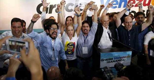 Venezuela'da Chavez'in partisi seçimi kaybetti
