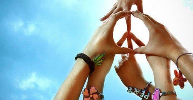 Barış isteyen akademisyenlerin ifadesi alınıyor