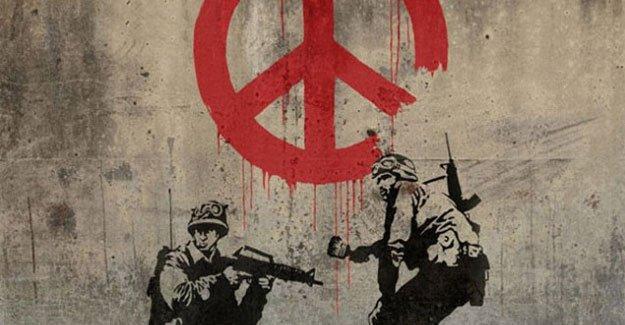 Kapitalizm karşıtı sokak sanatçısı Banksy'nin Karaköy'deki sergisine giriş paralı