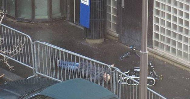 Charlie Hebdo saldırısının yıldönümünde Paris'te canlı bomba iddiası