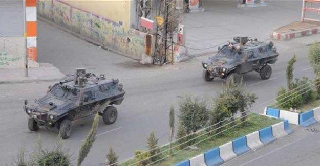 Cizre'de bir özel harekat polisi yaşamını yitirdi