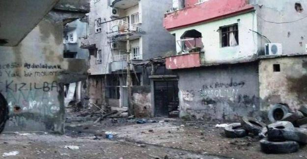 Cizre'de tank atışları evleri kullanılamaz hale getirdi