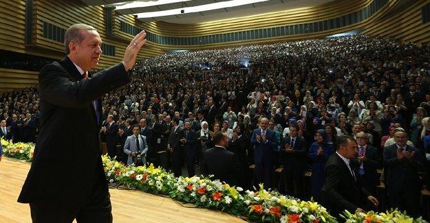 Cumhurbaşkanı Erdoğan muhtarlardan sonra kaymakamlarla buluşuyor