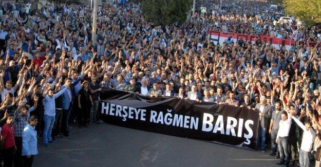 Diyarbakır halkı katliamlara karşı sokağa çıkacak
