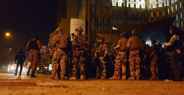 El Kaide Burkina Faso'da otel bastı: 27 ölü