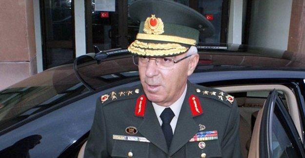 Emekli Orgeneral 'barış bildirisi'ne imza atan kızını savundu