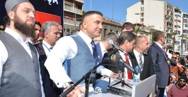"""""""Erdoğan, 'bilim insanları'nı Sedat Peker'le muhatap bırakıyor"""""""