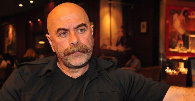 Ezel Akay'dan akademisyenlere: Korkmayın biz buradayız