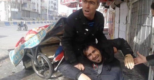 Gazetecilerden çatışmalı bölgelerde çalışan meslektaşlarıyla 'dayanışma nöbeti' çağrısı