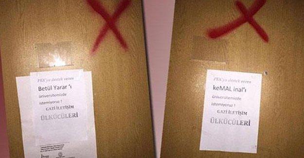 Barış isteyen akademisyenlerin kapıları işaretlendi