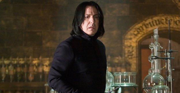 Harry Potter'ın Profesör Severus Snape'i hayatını kaybetti