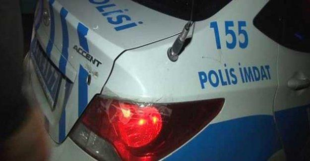 İstanbul'da polis aracına ateş açıldı