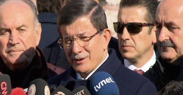 Karakaya'nın cenazesine AKP'den tam kadro katılım