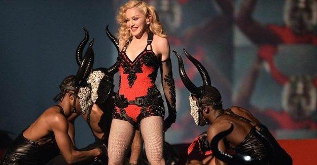 Madonna konserine 18 yaş sınırı