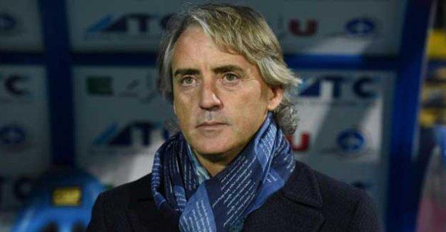 Mancini'den Napoli'nin homofobik hocasına: Eşcinsel olsaydım bununla gurur duyardım