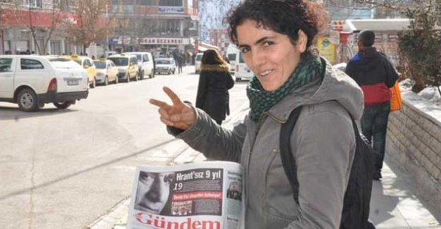 Polisten Azadiya Welat çalışanına: Yarın sokak ortasında ölürsen ailen seni nasıl tanıyacak?