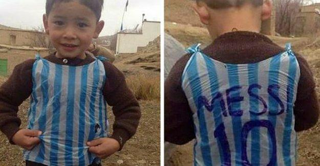 'Poşet formalı Messi' Afganistanlı Murtaza Ahmadi imiş