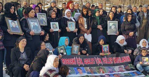 Roboski'ye yerleşen barış aktivistleri: Çocuklar ölürken değil, uyurken sessiz olunur!