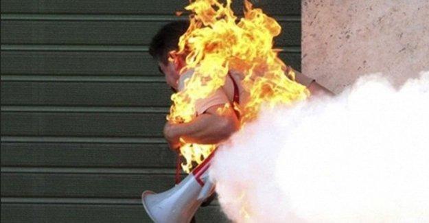 Sığınmacı kendini ateşe verdi