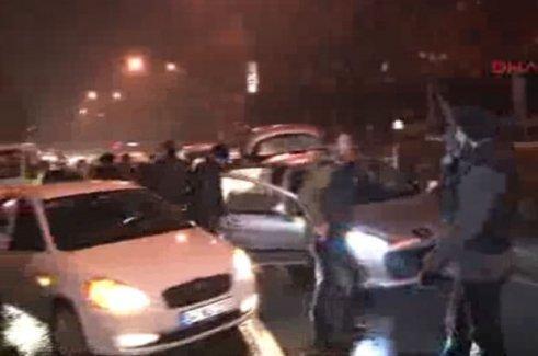 Şişli'de polis bir araca ateş açtı
