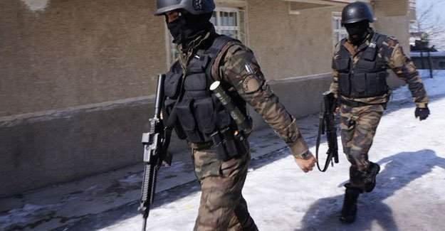 Sur'da şiddetli çatışma: 1 polis Kanas ile vuruldu