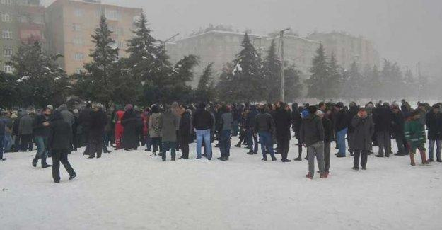 Sur için toplananlara polis saldırısı