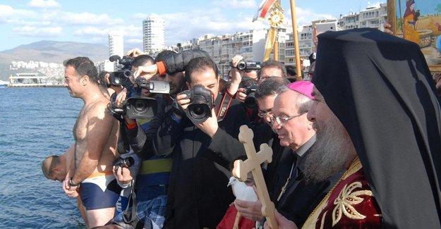 'Ta Fota' İzmir Körfezi'nde kutlandı
