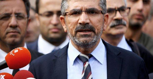 Türkan Elçi: Kocamın mezarına duvar ördüm