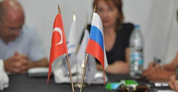 Türkler bugünden itibaren Rus şirketlerinde çalışamayacak