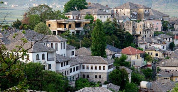 Arnavutluk'ta ağaç kesmek yasaklandı
