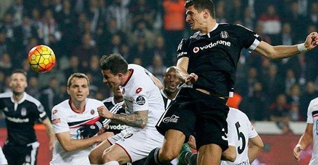 Beşiktaş, Gençlerbirliği'ni yenerek liderliğe yükseldi