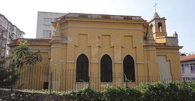 """Bursa'da hristiyanlara """"Kilise'yi boşaltın"""" uyarısı"""