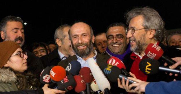 Can Dündar ve Erdem Gül'den tahliyenin ardından açıklamalar